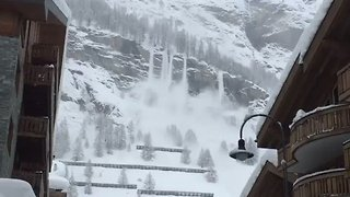 Zermatt Cut Off for Second Time in Weeks Due to Avalanche Threat - Video