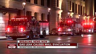 Grand Avenue Mall evacuated due to strong fumes - Video