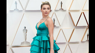 Florence Pugh says she and Scarlett Johansson are like sisters