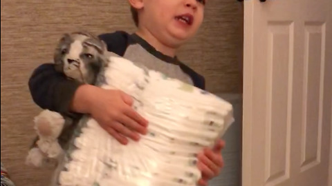 Toddler hardcore rocks out with his diaper guitar
