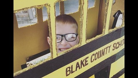 Wheels on the Bus: Boy Uses His Wheelchair For Awesome Halloween Costume