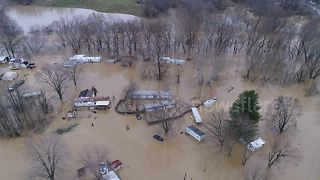 Drone captures severe flooding in Kentucky - Video
