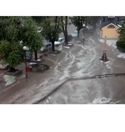 Torrential Rain and Hail Makes Serbian Streets Look Like Flowing Rivers