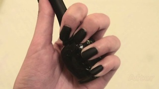 DIY: Matte effect nail polish using steam - Video