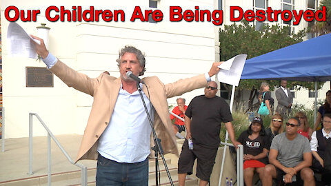 "Del Bigtree: ""Our Children Are Being Sold To The Pharmaceutical Industry"""