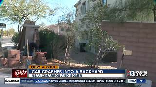Suspected street racers crash through backyard brick wall - Video