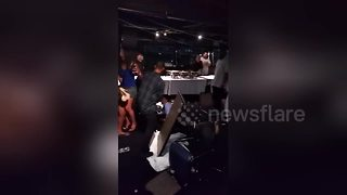 Mass brawl erupts during boat party in New York - Video