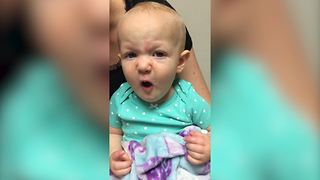"""A Baby Girl Gets Excited When She Hears Siri's Voice"""