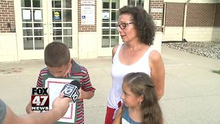Young kids recognized for helping grandmother during emergency - Video