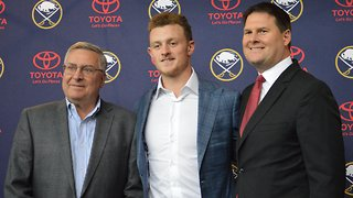 10/04 Jack Eichel addresses new contract - Video