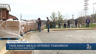 Parents, students grab free meals during coronavirus