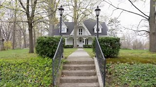 A look inside one of Eaton Rapids historical homes