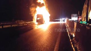 Bus catches fire on Vietnamese highway