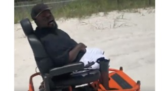 Alabama Man in Wheelchair Visits Beach for First Time - Video