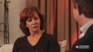 Reba McEntire talks about her new drama | Rare Country - Video