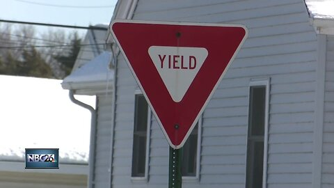 12-year-old accused of stealing pizza delivery car in Green Bay