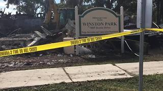 Digital Short: Fire destroys Winston Park Recreational Center in Tampa - Video