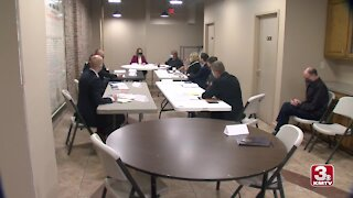 Representative Axne holds roundtable discussion about internet access