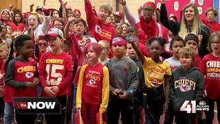 Local elementary school gets in on Chiefs betting action