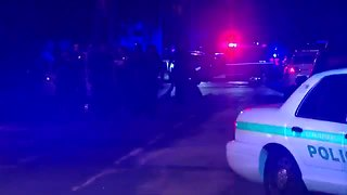 Suspect dead after shootout with St. Pete PD | Digital Short - Video