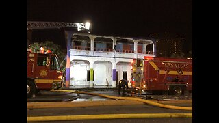 Building catches fire in downtown Las Vegas