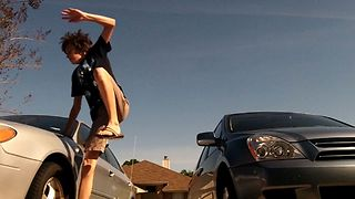 Parkour Stunts Gone Wrong - Video