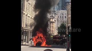 Road sweeper burst into flames in City of London - Video