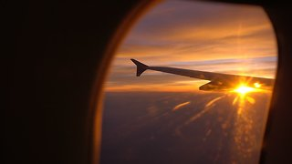 Study: Buying Airline Tickets Early Won't Hurt Your Wallet