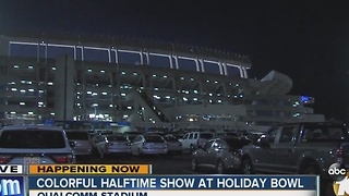 Colorful halftime show at Holiday Bowl - Video