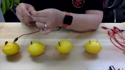 Science Sundays: How to Make a Lemon Battery (Full Experiment)