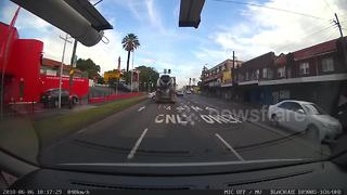 Cement lorry rams and drags mercedes in hair-raising crash - Video