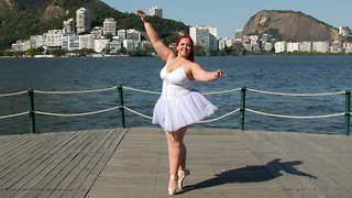 Plus-Size Ballerina Is 'On Pointe' | SHAKE MY BEAUTY - Video