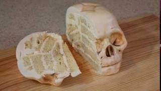 Baker Creates Incredible Vanilla Baby Skull Cake - Video