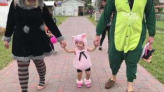 A safe place to trick-or-treat - Video