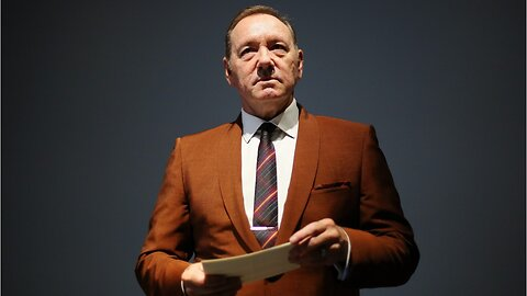 Kevin Spacey Reads Poem At Museum In Rome