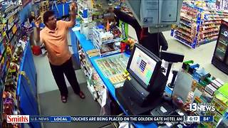 Store clerk lucky to be alive after Florida robbery - Video
