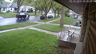 New video shows officers responding to scene of Milwaukee triple shooting - Video