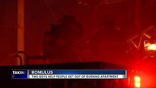 Kids help rescue people from burning apartment in Romulus - Video