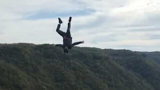 Extreme Base jumping with a catapult