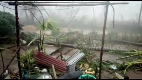 Cyclone Titli leaves trail of devastation in Indian city of Srikakulam