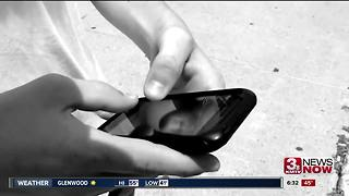 Panelists will discuss sexting with parents - Video