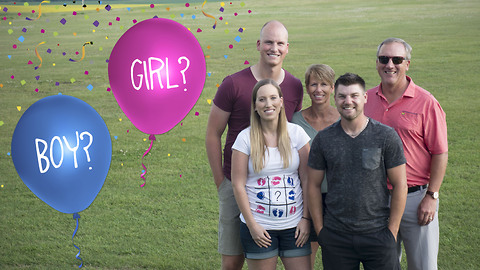 Incredibly unique skydiving baby gender reveal