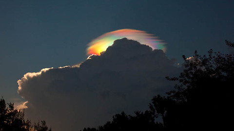 Iridescent and Lenticular clouds