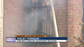 Fire blazes through apartment complex in Shelby Township