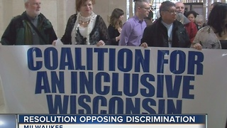 'Sanctuary county' proposal ignites debate in Milwaukee amidst immigration conversation - Video