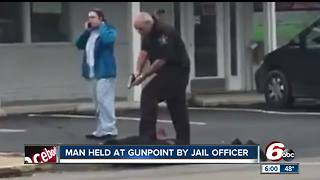 Man held at gunpoint by Delaware County jail officer - Video