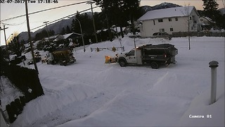 Security cam captures crazy 'Snowmageddon' events in BC town - Video