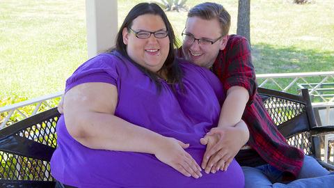 500lbs and Pregnant: HOOKED ON THE LOOK