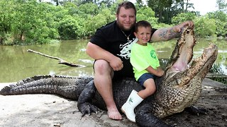 The Five-year-old Alligator Wrangler - Video