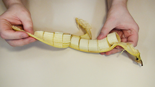 Funny Banana Trick - Video